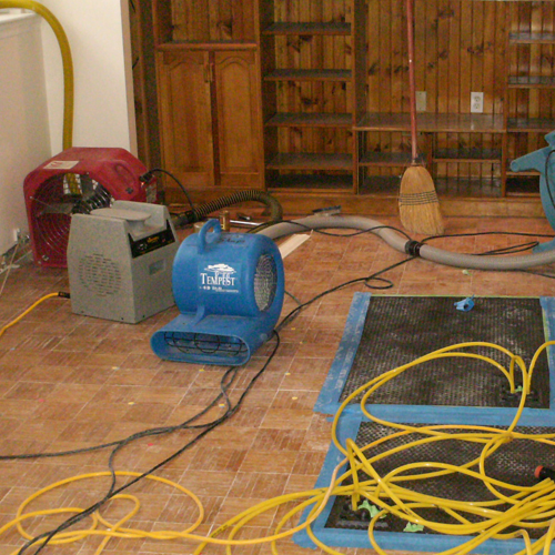 Water-Damage-Repair-Broken-water-pipes-dix-hills-new-york